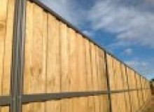Kwikfynd Lap and Cap Timber Fencing ninemilevic